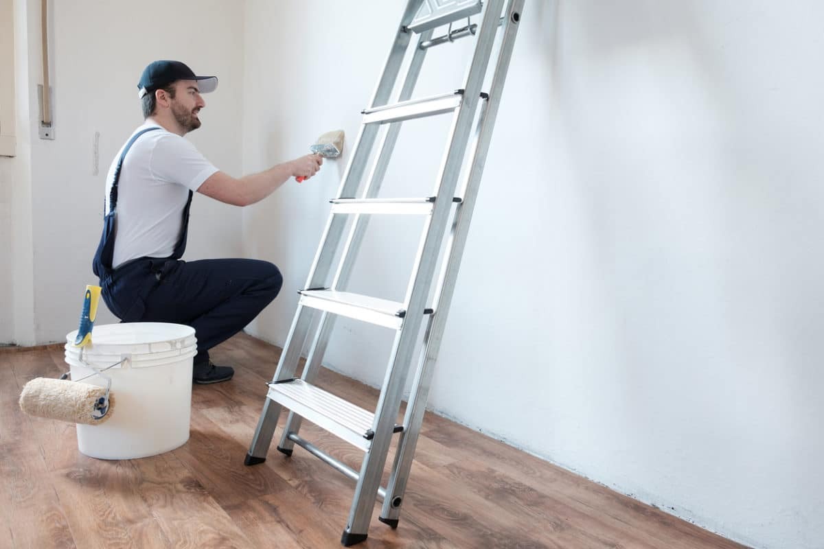 When You Should Call a Painting Contractor